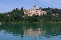 Isola Maggiore mit Kastell - Lago Trasimeno