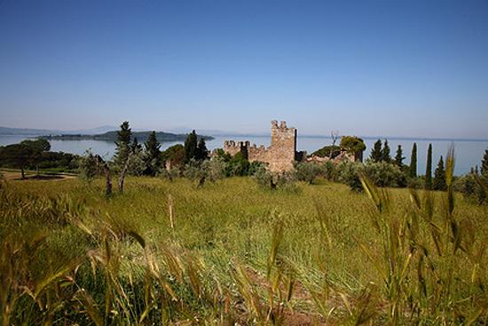 Blick von San Feliciano auf die Isola Polvese