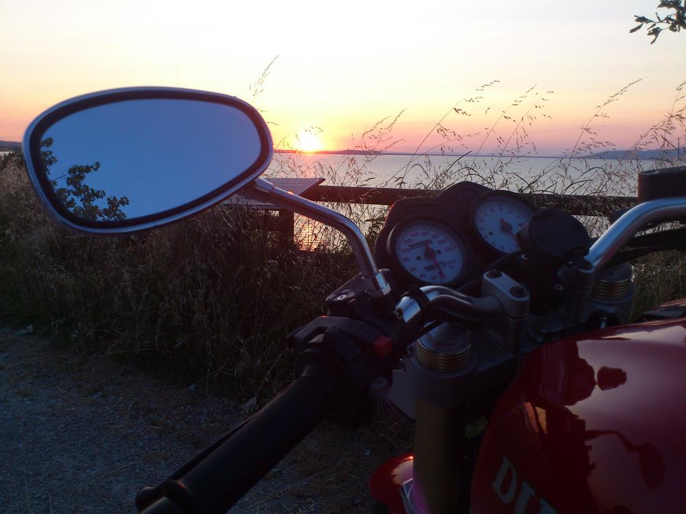 Sonnenuntergang im Sueden des Lago Trasimeno